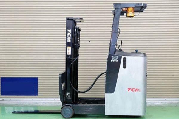 Xe nâng điện TCM FR15-7H có chiều cao nâng khá ổn, lên tới 4.0 mét.