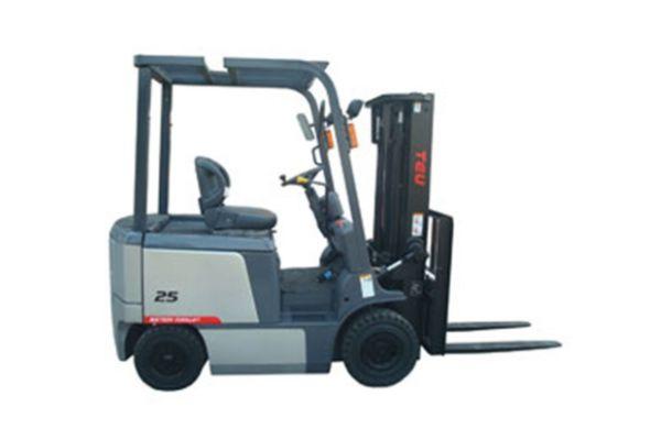 Xe nâng điện ngồi lái TCM FB25-7 do Duy Phát phân phối
