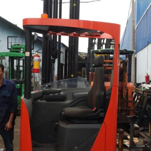 Xe Nâng Điện BT 2 tấn, nâng cao 9.5 mét, ngồi lái