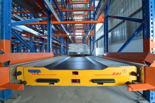 Dịch vụ cho thuê robot pallet shuttle của Công ty Duy Phát