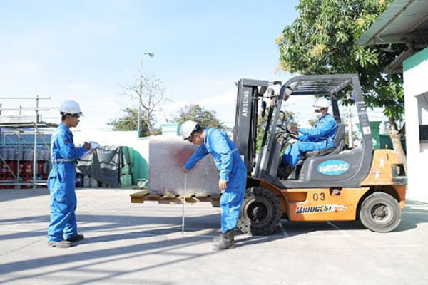 Dịch vụ sửa chữa xe nâng Hải Phòng uy tín