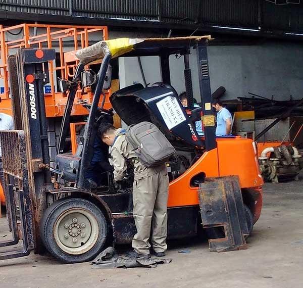 Dịch vụ sửa chữa xe nâng tại Bắc Ninh giá thành ưu đãi