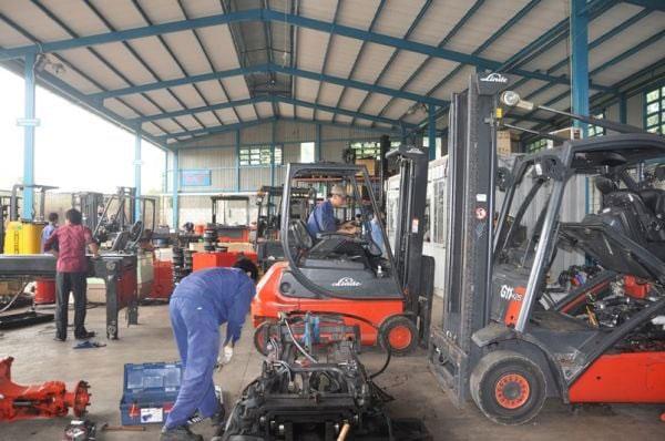Dịch vụ sửa chữa xe nâng tại Bình Dương - Công ty Duy Phát