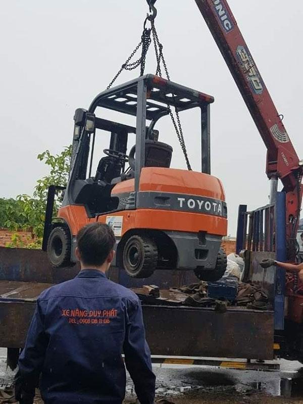 Sửa chữa xe nâng tại Bình Dương chuyên nghiệp