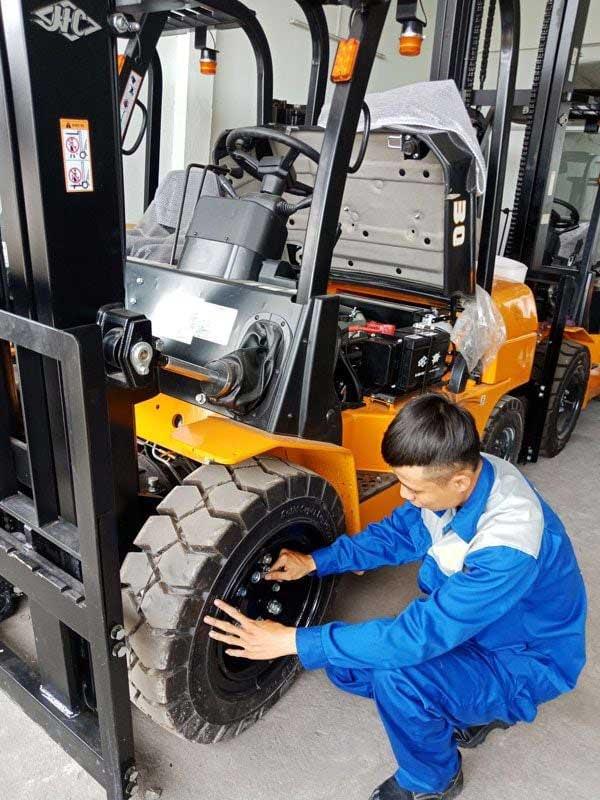Sửa chữa xe nâng tại Đà Nẵng giá rẻ