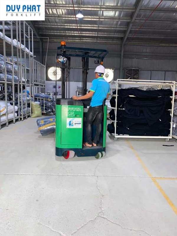 Dịch vụ sửa chữa xe nâng tại TPHCM nhanh chóng, chuyên nghiệp