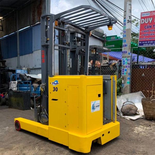 Xe Nâng Điện đứng lái cũ Nichiyu nâng cao 4.3 mét, tải trọng 2 tấn