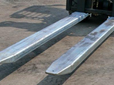 Áo nĩa dành cho xe nâng điện
