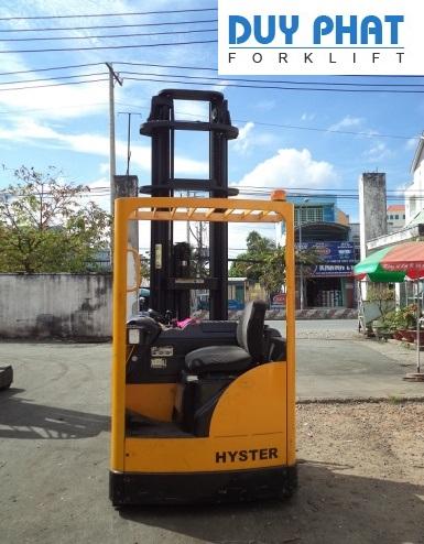 Xe Nâng Điện Hyster 1.6 tấn, nâng cao 8.5 mét, ngồi lái