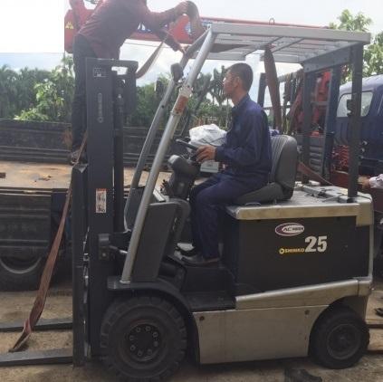 Xe Nâng Điện Shinko 2.5 tấn, nâng cao 4 mét, ngồi lái